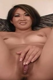 Asian girl show off her body desire